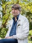 Huân chương thơ ca 2018 của Nữ hoàng Anh dành trao cho Simon Armitage