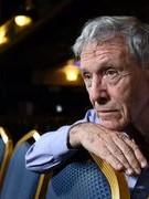 Một nhà văn vĩ đại của Israel qua đời