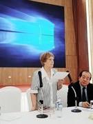 """Văn học Việt Nam: """"Tự do"""" hay """"sắp đặt""""?"""