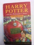 Ấn bản đầu tiên của Harry Potter được bán với giá gần tỉ đồng