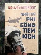 """Nguyễn Đức Soát - """"Anh phi công bàng hoàng ngỡ mình bay trên gấm vóc""""!"""