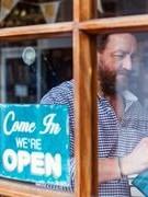 Một số hiệu sách tại Anh mở cửa trở lại