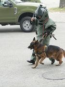 Bộ đội công binh diễn tập bảo vệ Đại hội Đảng XIII
