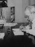 Xây dựng văn hóa lãnh đạo, quản lý  trong thời cách mạng 4.0 theo tư tưởng Hồ Chí Minh