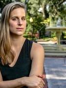 """Lauren Groff: """"Tôi thường cô đơn vì công việc của tôi rất cô đơn"""""""