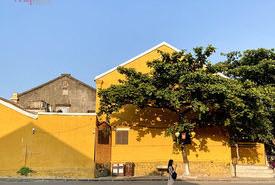 Hội An - những bức tranh phố xôn xao nắng