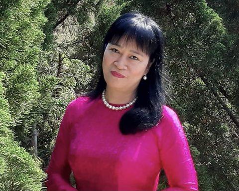 TS, NHÀ PHÊ BÌNH NGUYỄN THỊ TỊNH THY: Tôi mong nhà văn Việt Nam can đảm bước chân trần trên than đỏ của lịch sử