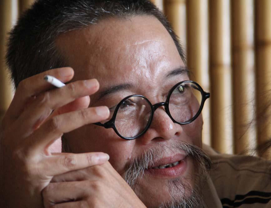Nhà văn Đỗ Phấn (Ảnh: Nguyễn Đình Toán)