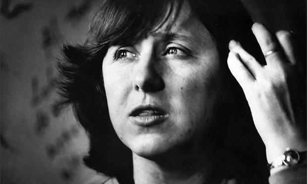 """Svetlana Alexievich: """"Hiện thực đã thôi miên tôi"""""""