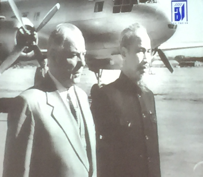Giới thiệu hai bộ phim quý về Chủ tịch Hồ Chí Minh và đất nước Việt Nam