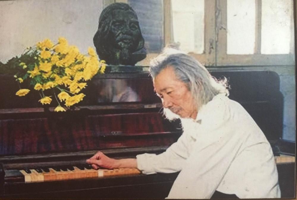 Nhac si Van Cao