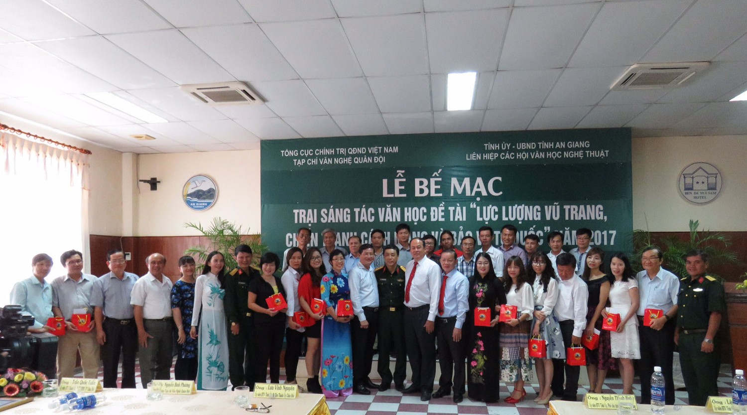 Closing Ceremony of 2017 An Giang Literary Creation Camp