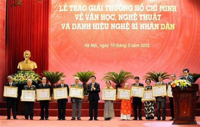 Lấy ý kiến sửa đổi quy định xét tặng Giải thưởng Hồ Chí Minh, Giải thưởng Nhà nước