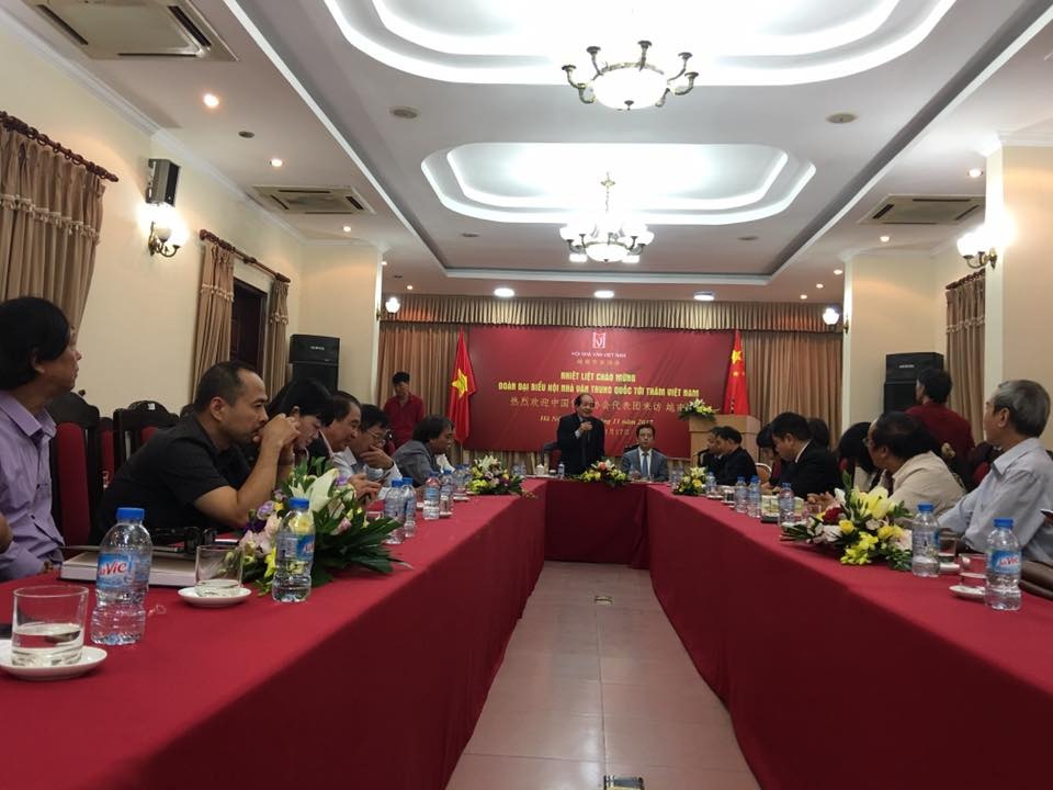 Vietnamese, Chinese writers hold exchange