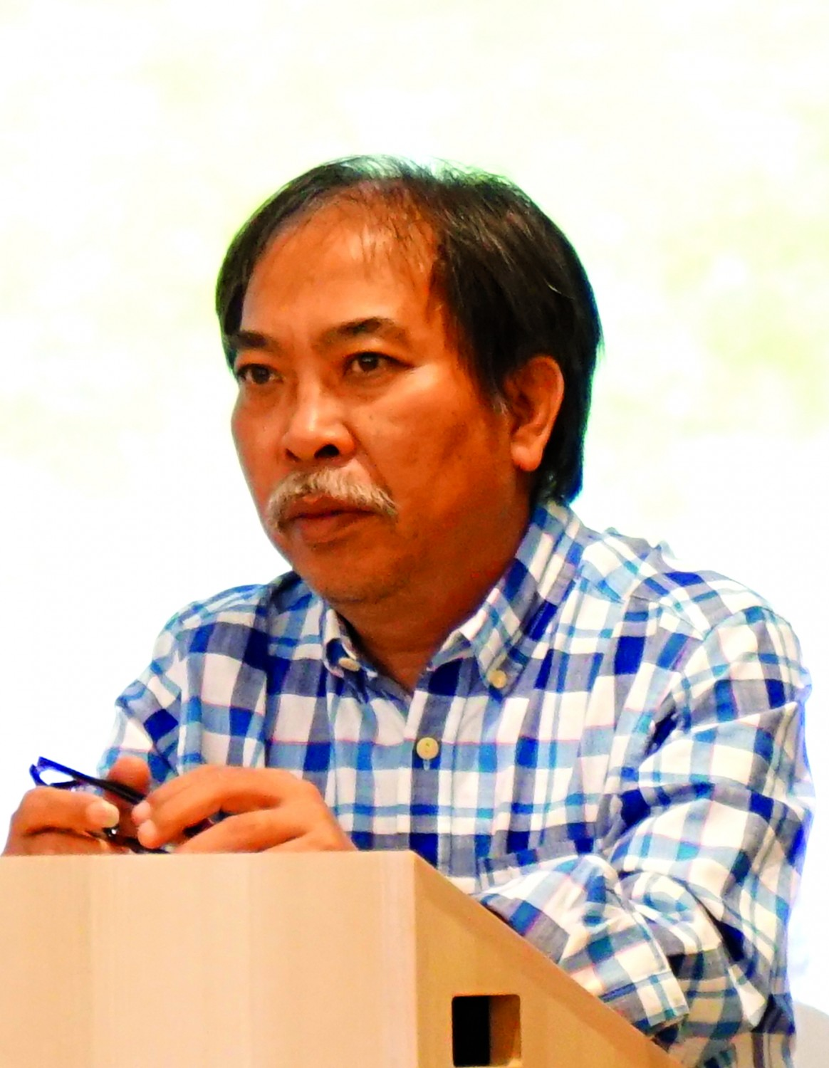 Poet Nguyen Quang Thieu: There should be a national strategy for promoting Vietnamese literature