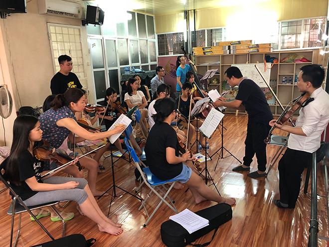 Ra mắt dàn nhạc nhí đầu tiên tại Việt Nam